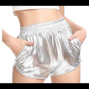 EDSTAR Metallic Shorts